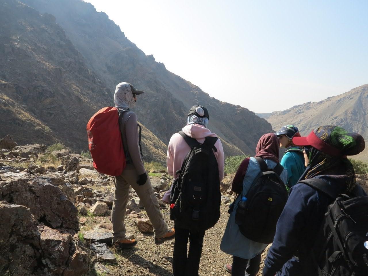 آموزش نحوه گام برداری در کوه پیمایی