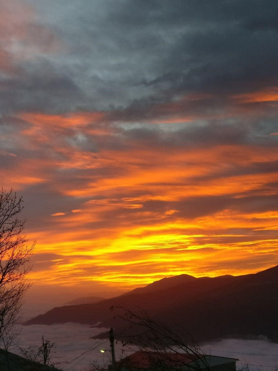 طلوع زیبای آفتاب برفراز ابرها، روستای فیلبند